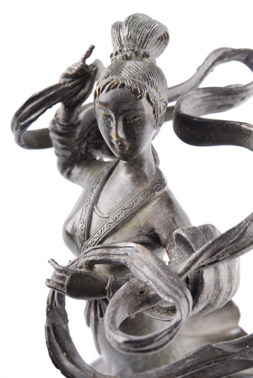 20th century statuette of Ma Gu ('Hemp Maiden'), the Taoist goddess of hemp.